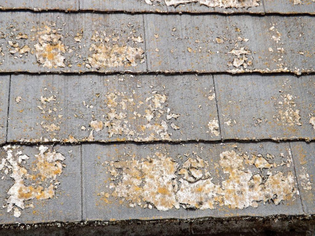 屋根塗装剥離